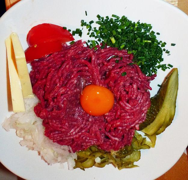 Steak_Tartare_in_Dresden