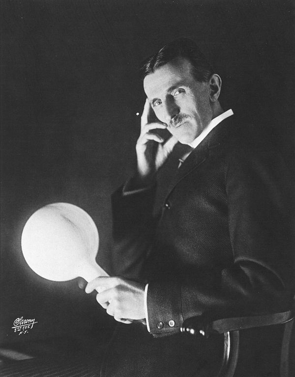 Wi-Fi and Mobile Phones Nikola Tesla in 1909
