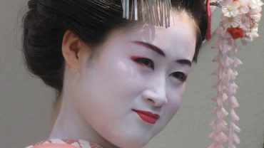 First geisha were actually men